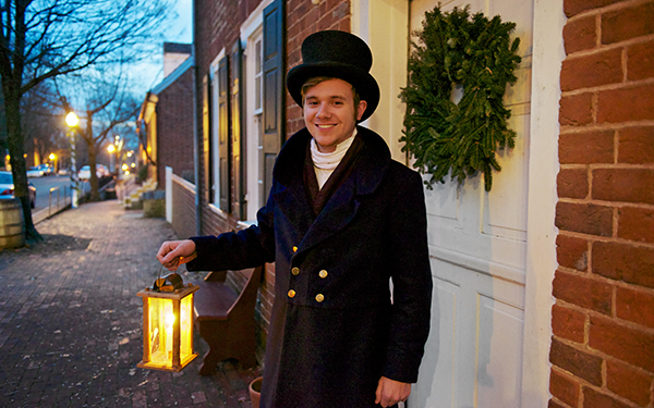 Old Salem's Christmas by Candlelight Guided Tours