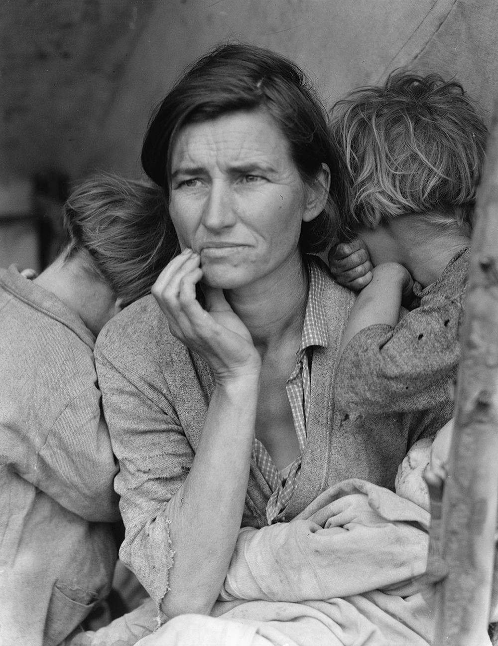 Dorothea Lange's America