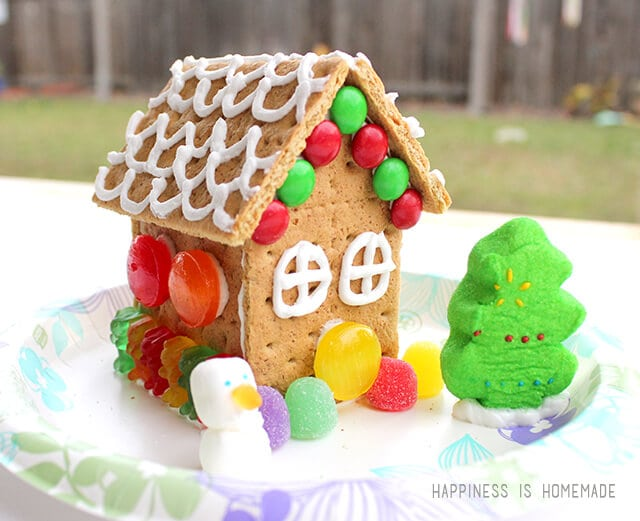 Drop-In Gingerbread House Workshop